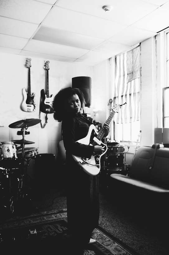 Fender_Jazzmaster_AH_Lifestyle_025