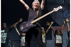 roger_waters_the_wall_bercy_30mai2011_img_3484-thb