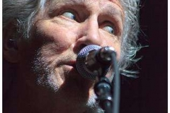roger_waters_the_wall_bercy_30mai2011_img_3953-thb